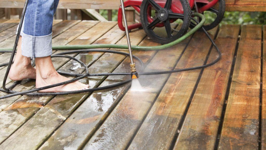 kaip išnaikinti pelėsį nuo medienos